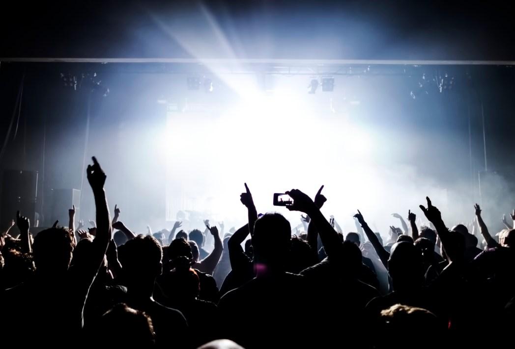 crowd-rock-concert