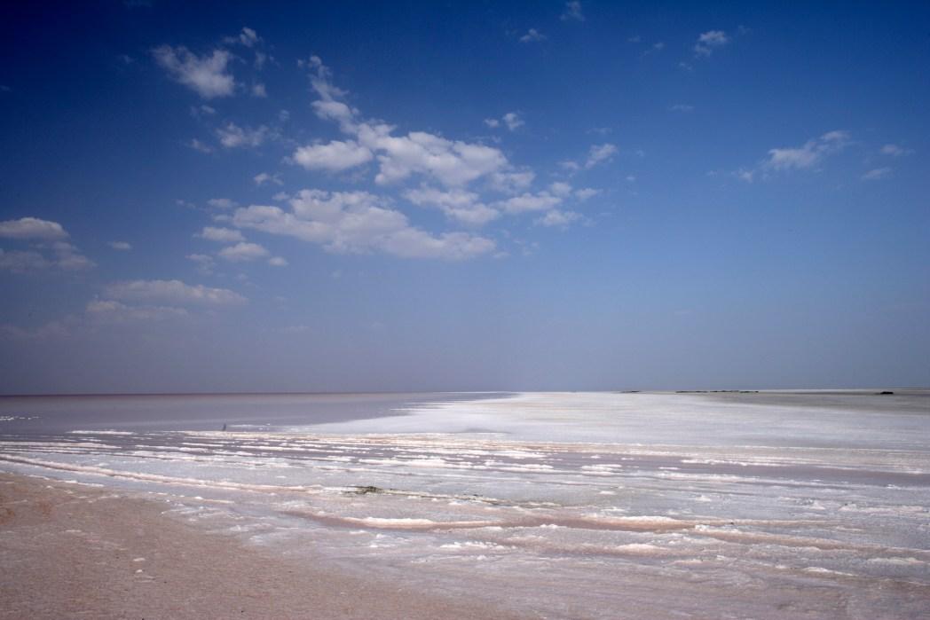 Unending salt desert in the Rann of Kutch