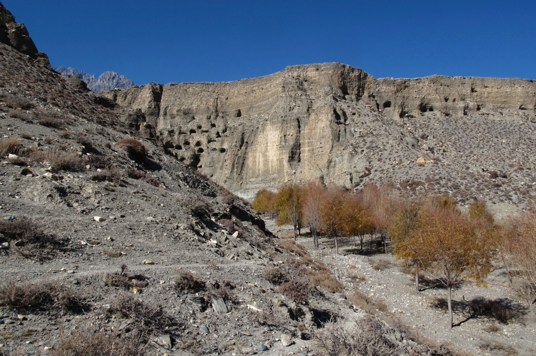 The unreachable sky caves in Mustang